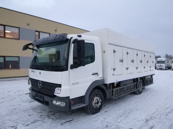 Mercedes-Benz 1018L/36AT 4x2+Ice Cream+186000 ONLY