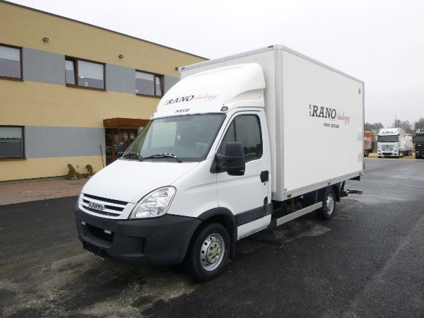 Iveco DAILY 35S14+106000 KM ONLY