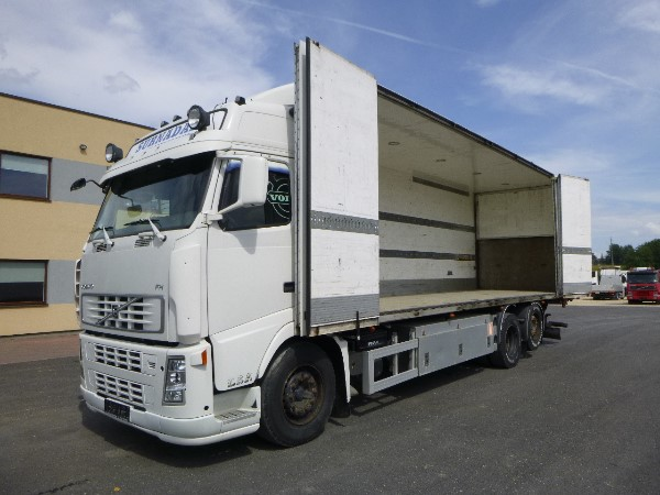 Volvo FH400 6x2*4+BOX HEATING