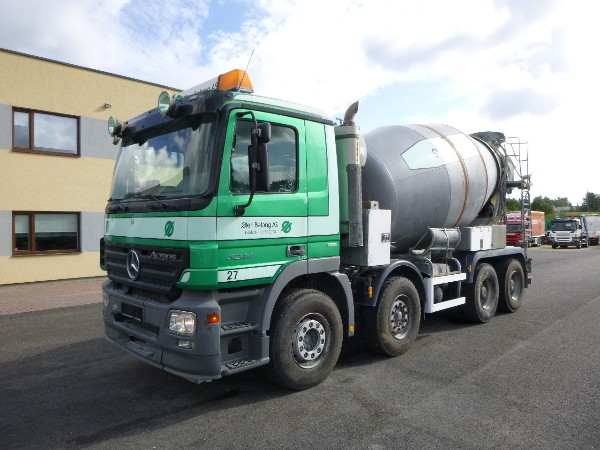 Mercedes-Benz Actros 3244 8X4 + 9m3 CIFA + EXTENDABLE PIPE 9m.