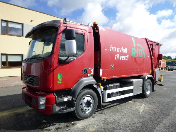 Volvo FL240 4x2+NTM 2-CHAMBER PRESS