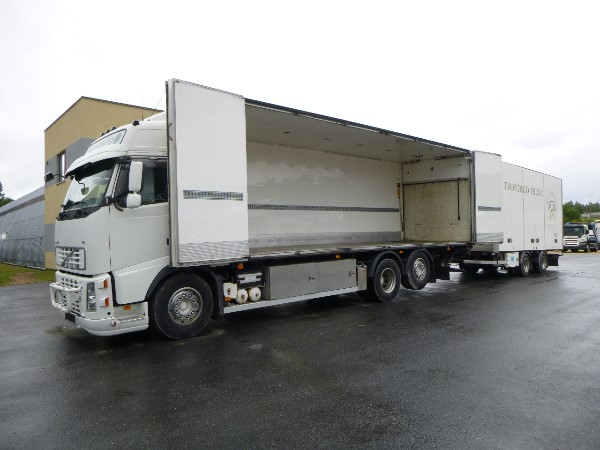 Volvo FH400 6x2+SIDE OPENING