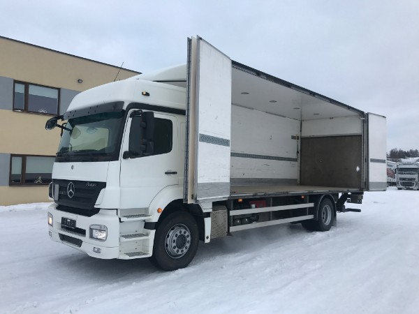 Mercedes-Benz Axor 1829 4X2 SIDE OPENING