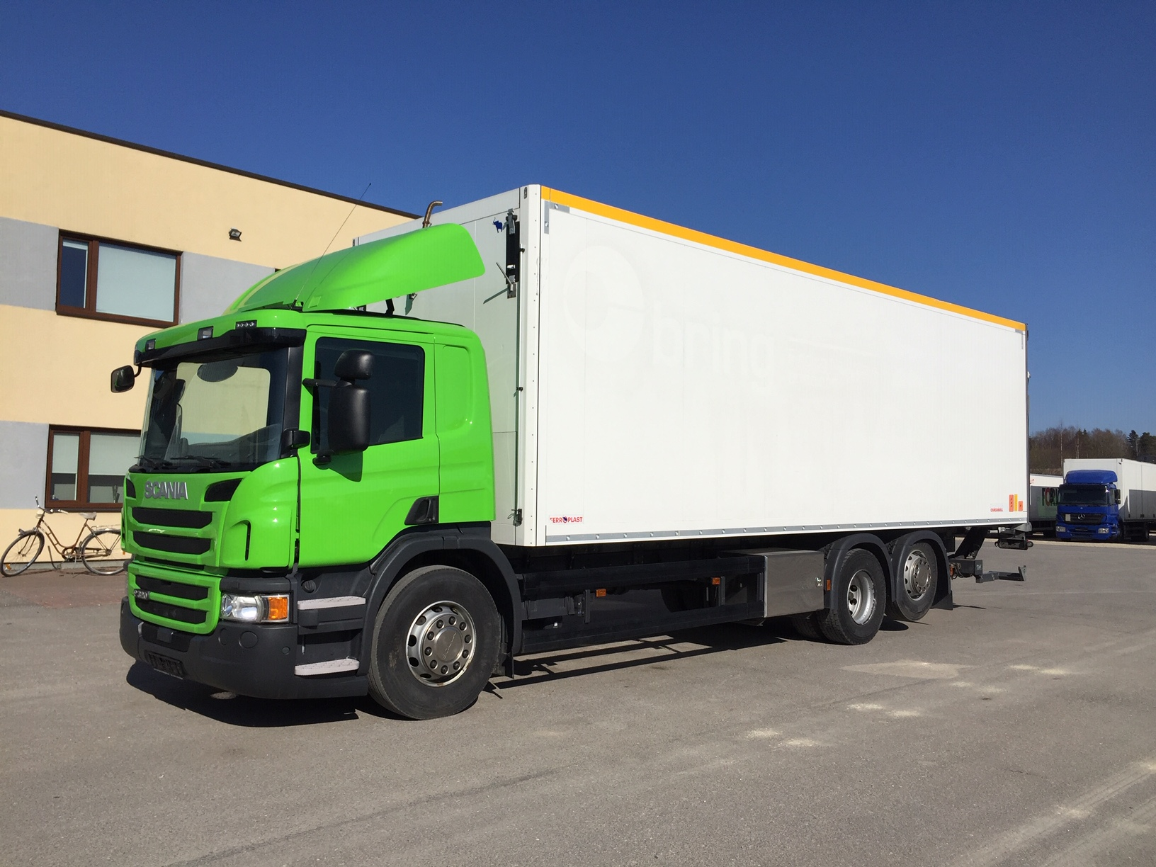 Scania P320 6x2+EURO6+BOX HEATING+FULL AIR