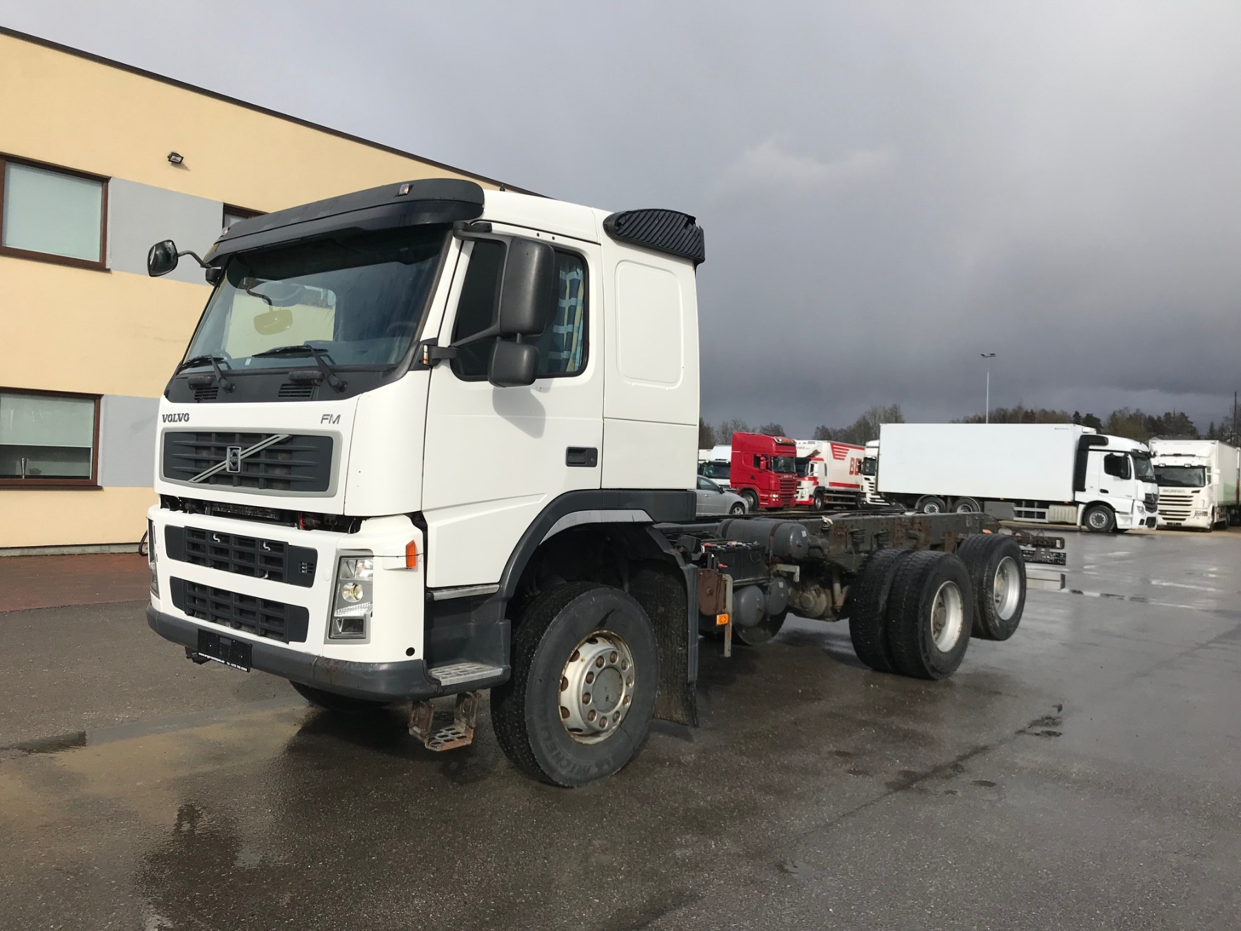 Volvo FM480 4X4+2 + MANUAL+FULL STEEL+EURO5