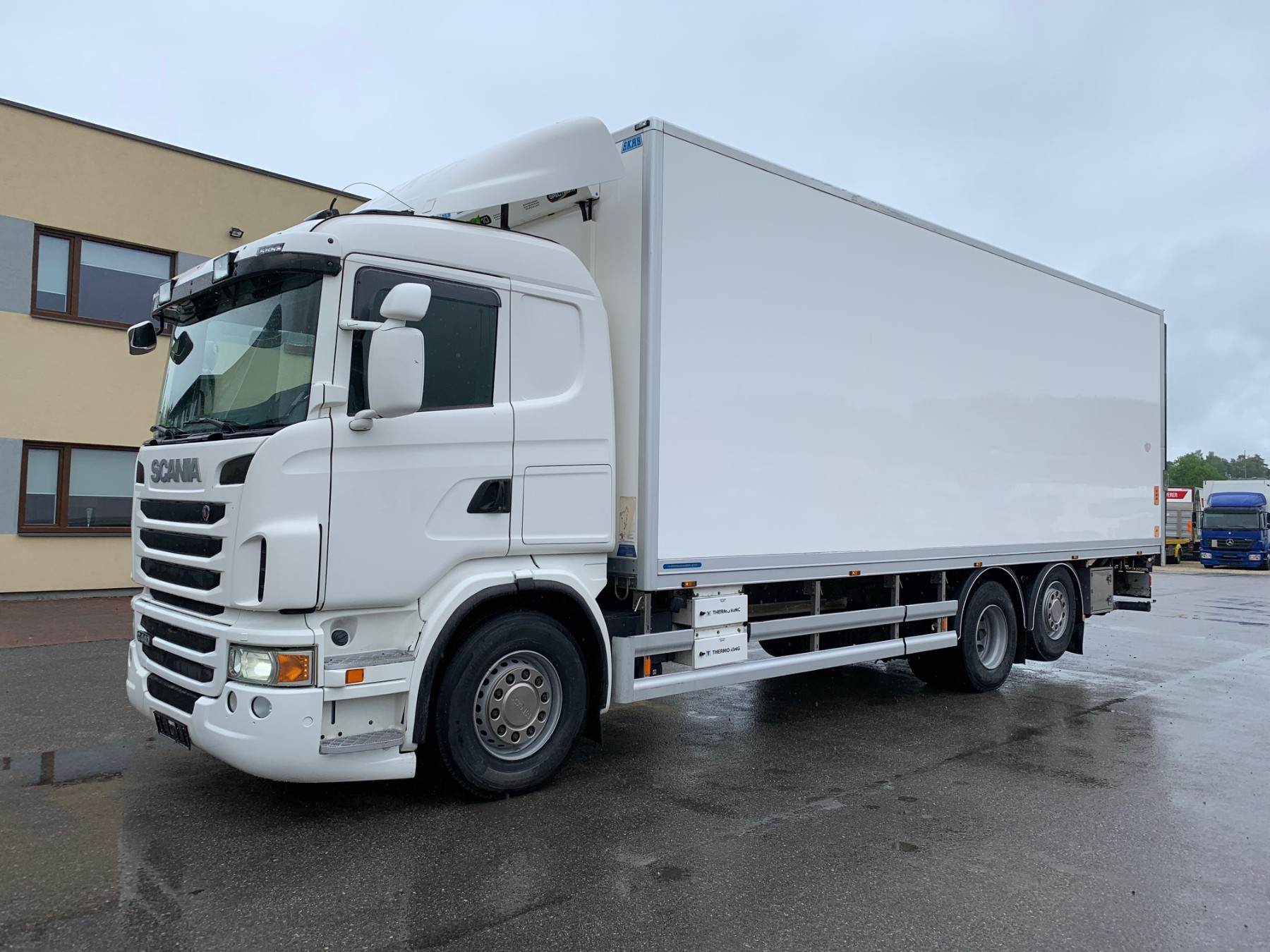 Scania G440 6x2+EURO5+BOX HEATING