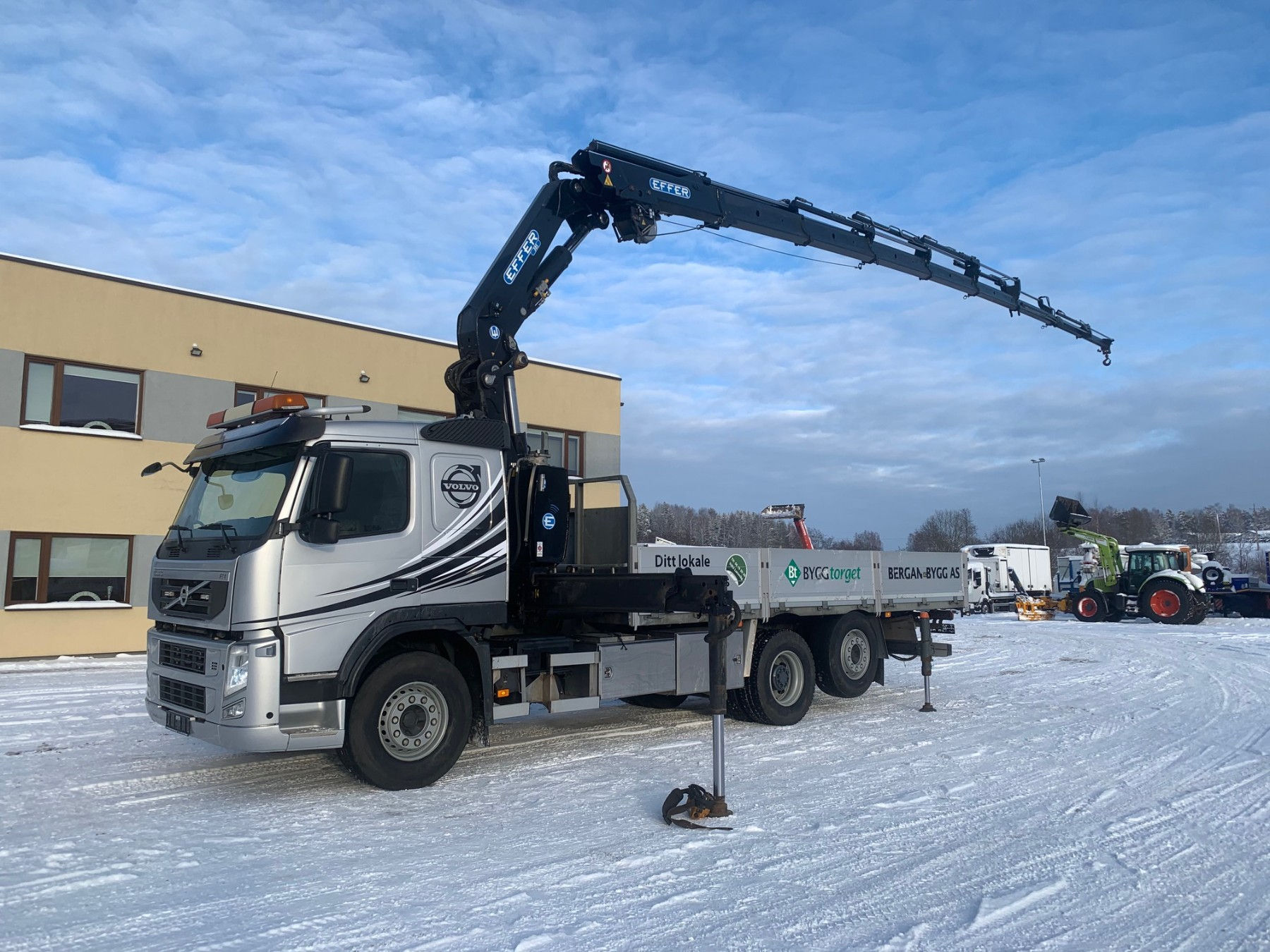 Volvo FM460 6x2+EFFER 305 CRANE+VINCH+ONLY 80 000 KM!
